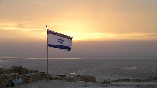 לטייל בישראל