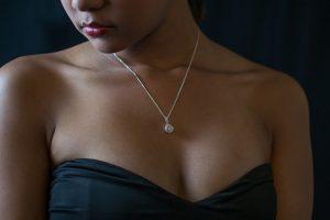 מתנות ליום הולדת לאישה: 10 תכשיטים שיעשו לה את היום