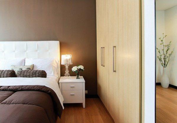 ממזרנים ועד תמונות: 10 אלמנטים שיהפכו את חדר השינה לתענוג אמתי